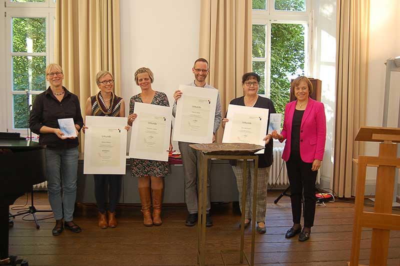 Taufliederwettbewerb Preisträger Ausgezeichnet Neue